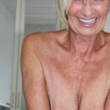 Mooi omaatje van 69 zoekt een sexdate