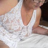 Leuk omaatje van 65 zoekt sexdate
