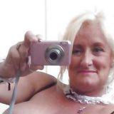 Sexy omaatje van 64 zoekt een sexdate